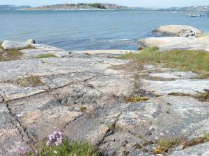 Three-Bedroom Holiday home Store Höga with Sea View 07, Holiday homes  Stenungsund - big - 15