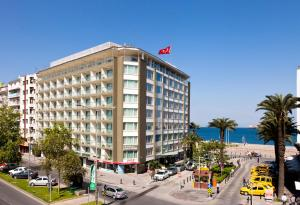 Photo of Izmir Palas Hotel