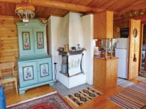 Two-Bedroom Holiday home with Sea View in Sparreholm, Nyaralók  Sparreholm - big - 6