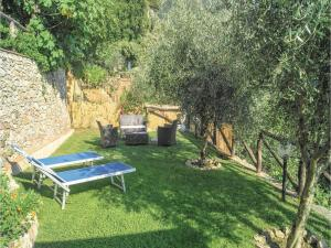 Three-Bedroom Holiday home Metato Camaiore LU with Sea View 02, Prázdninové domy  Casoli - big - 20