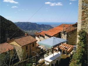 Three-Bedroom Holiday home Metato Camaiore LU with Sea View 02, Prázdninové domy  Casoli - big - 28