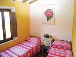 Three-Bedroom Holiday home Metato Camaiore LU with Sea View 02, Prázdninové domy  Casoli - big - 6