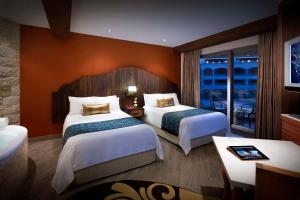 Gold Deluxe Double Room - Pure