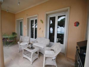 Two-Bedroom Holiday home Sainte Maxime 0 03, Nyaralók  Sainte-Maxime - big - 19