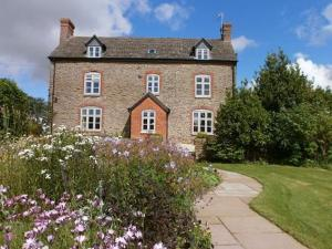 Upper Bromdon Bed and Breakfast in Loughton, Shropshire, England