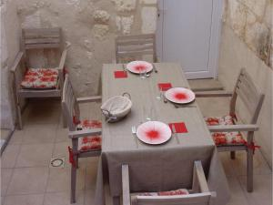 Studio Holiday Home in Loches, Holiday homes  Loches - big - 19