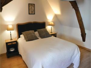 Studio Holiday Home in Loches, Holiday homes  Loches - big - 4