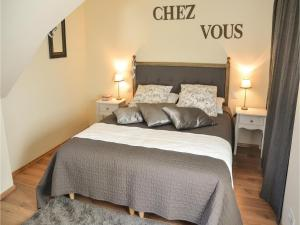 Studio Holiday Home in Loches, Holiday homes  Loches - big - 3