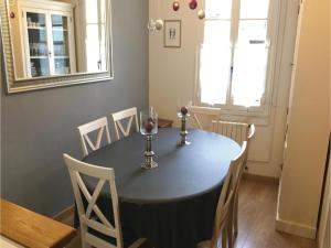 Studio Holiday Home in Loches, Holiday homes  Loches - big - 2