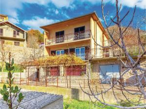 Two-Bedroom Apartment Senj 05, Appartamenti  Senj - big - 13