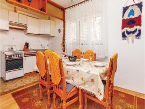 Two-Bedroom Apartment Senj 05, Appartamenti  Senj - big - 30