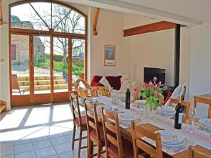 Holiday home Degagnac 99 with Outdoor Swimmingpool, Case vacanze  Dégagnac - big - 27
