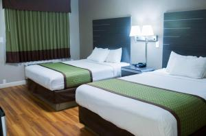 Queen Room with Two Queen Beds - Disability Access/Non-Smoking