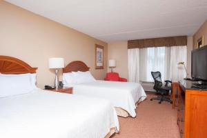 Deluxe Queen Room with Two Queen Beds - Hearing Accessible - Non-Smoking