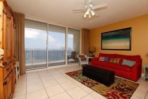 Two-Bedroom Apartment with Sea View 1-1707