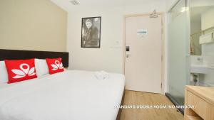 Double Room (No Window)