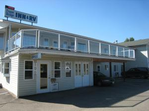 Fraser Bridge Inn & RV Park