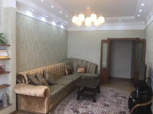 Apartments on 11 Microdistrict, Apartmány  Aktobe - big - 4