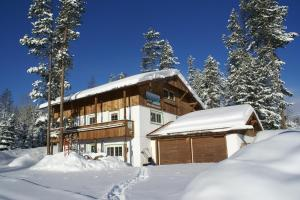 Alpenglow Bed And Breakfast