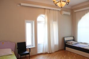 Panorama Holiday Home, Ferienhäuser  Baku - big - 4