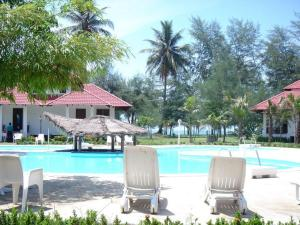 Photo of Hotel Sudara Beach Resort
