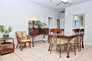 Second Wind Home, Nyaralók  Orange Beach - big - 4