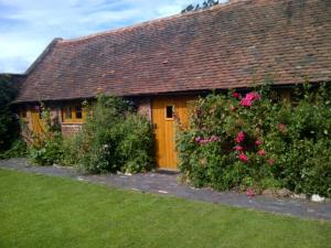 Perriford Barns and Cottages in Churchill, Worcestershire, England