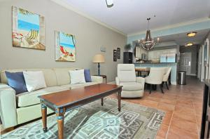 Crystal Tower 1903 - Two Bedroom Condo, Apartments  Gulf Shores - big - 3