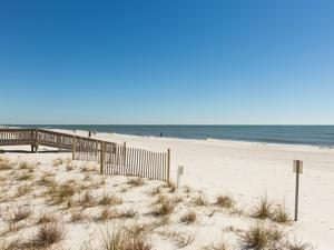 Crystal Tower 1903 - Two Bedroom Condo, Apartments  Gulf Shores - big - 34