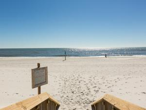 Crystal Tower 1903 - Two Bedroom Condo, Apartments  Gulf Shores - big - 35