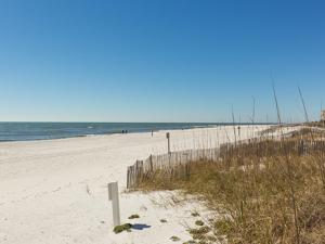 Crystal Tower 1903 - Two Bedroom Condo, Apartments  Gulf Shores - big - 36