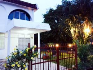 Ave Garden, Holiday homes  Kuah - big - 3
