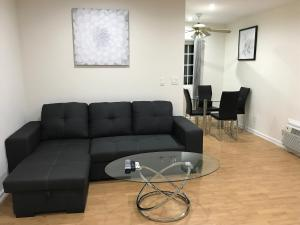 Unique Condo with Mountain View, Apartmány  Burbank - big - 7