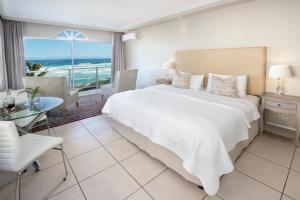 Luxury Suite with Sea View - 1