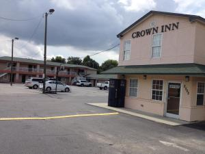 Crown Inn - Fayetteville