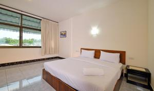 Krabi Grand Place Hotel, Hotels  Krabi town - big - 14