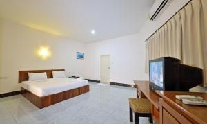 Krabi Grand Place Hotel, Hotels  Krabi town - big - 13