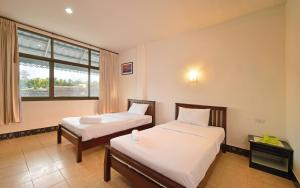 Krabi Grand Place Hotel, Hotels  Krabi town - big - 8