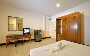 Krabi Grand Place Hotel, Hotels  Krabi town - big - 1