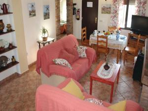 Three-Bedroom Holiday Home in El Gastor, Nyaralók  El Gastor - big - 4