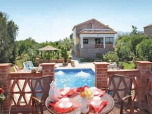 Three-Bedroom Holiday Home in El Gastor, Nyaralók  El Gastor - big - 3