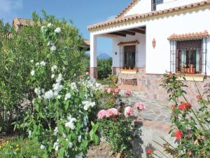 Three-Bedroom Holiday Home in El Gastor, Nyaralók  El Gastor - big - 11