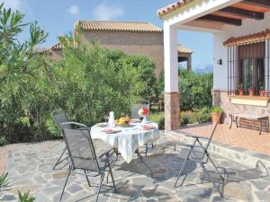 Three-Bedroom Holiday Home in El Gastor, Nyaralók  El Gastor - big - 26