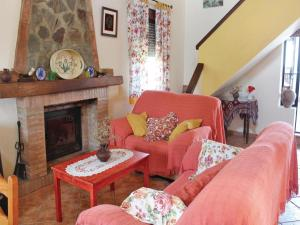 Three-Bedroom Holiday Home in El Gastor, Nyaralók  El Gastor - big - 7