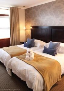 Double or Twin Room with Direct Pool Access