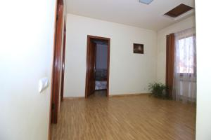 Villa on Sport Street 27/2, Villas  Yerevan - big - 15