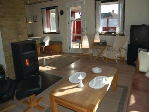 Holiday home Svinget, Holiday homes  Blåvand - big - 6