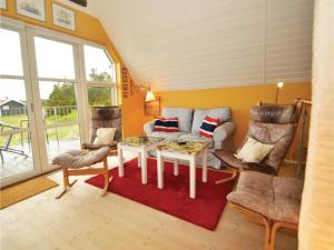 Three-Bedroom Holiday home with Sea View in Blåvand, Ferienhäuser  Blåvand - big - 14