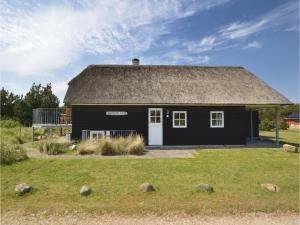 Three-Bedroom Holiday home with Sea View in Blåvand, Ferienhäuser  Blåvand - big - 34