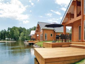 Holiday home Heel 99 with Outdoor Swimmingpool, Ferienhäuser  Heel - big - 1